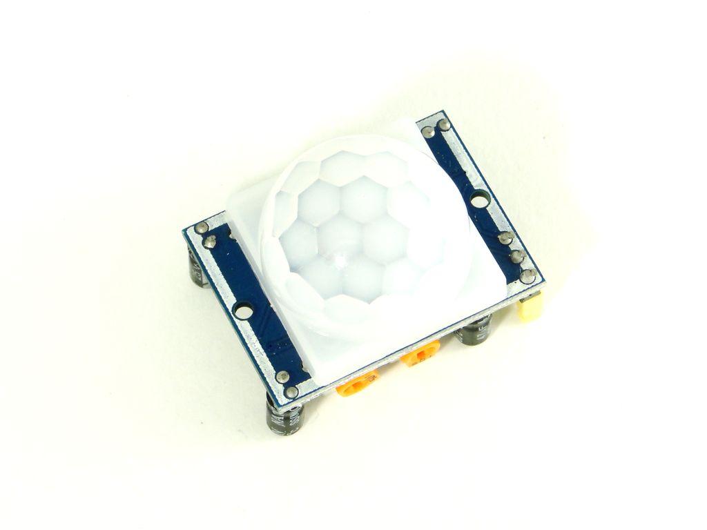 Ардуино: инфракрасный датчик движения, ПИР | Класс робототехники
