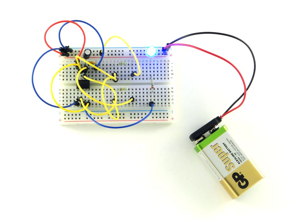 Генератор электрических импульсов на таймере 555