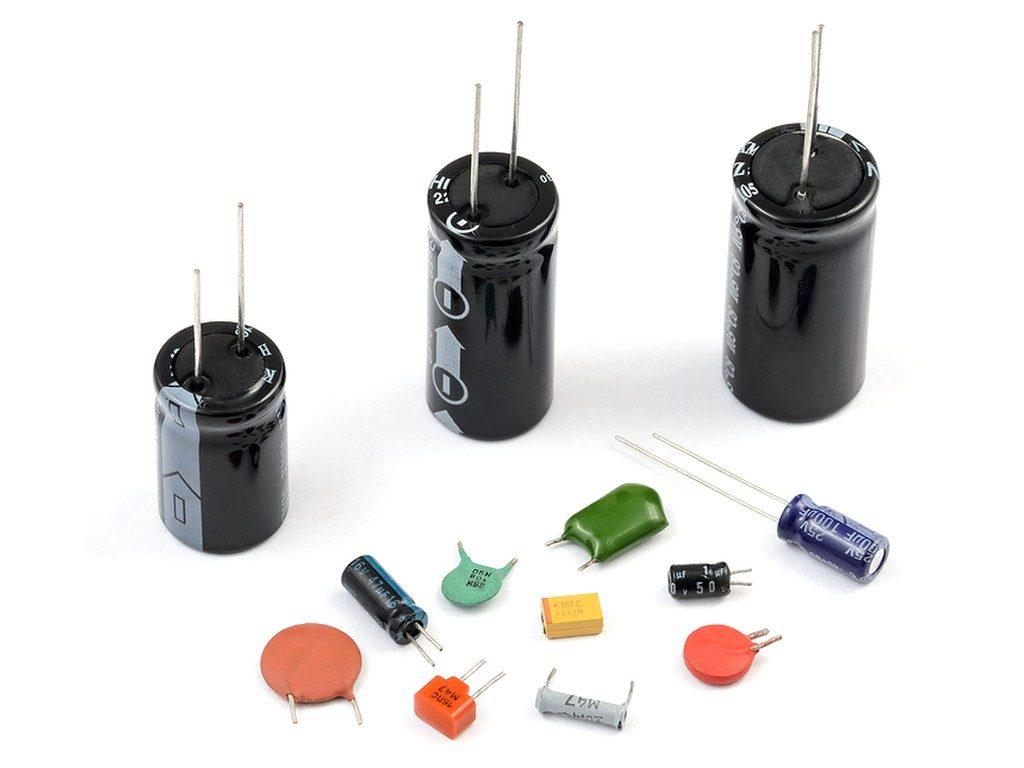 Разные типы конденсаторов