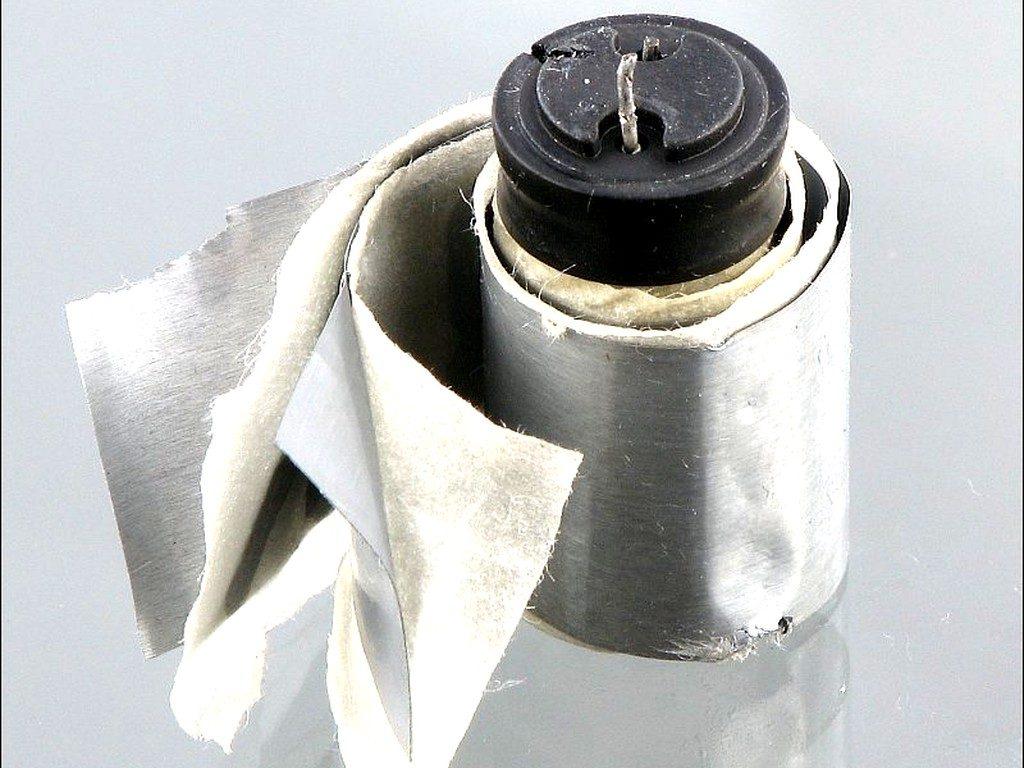 Электролитический конденсатор внутри